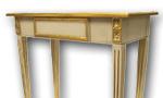 Louis Seize - Tischchen im Stil Louis XVI mit Echtgoldfassung